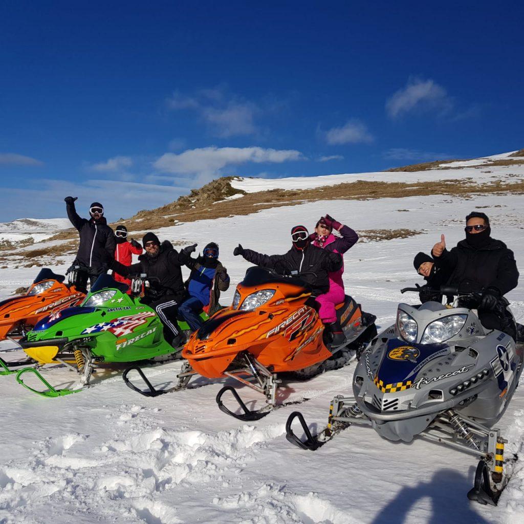 En Andorra ha empezado diciembre y ya podemos usar nuestras motos de nieve por el Cap del Port d'Envalira ..... Reserva ahora tu moto de nieve en www.MotodeNieve.com con antelación y no pierdas la posibilidad de hacer una ruta en motos de nieve por un entorno único en el pirineo Andorrano.